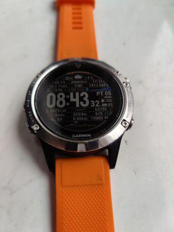 Smartwatch Garmin Fenix 5 plus gratisy.