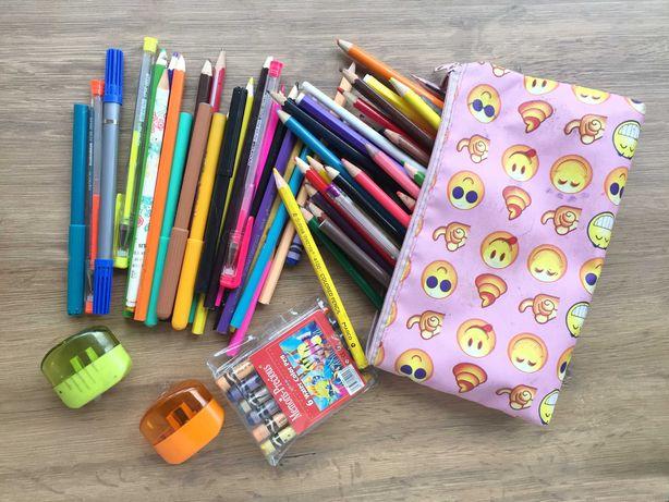 Набор карандашей для рисования пенал (б.у.)