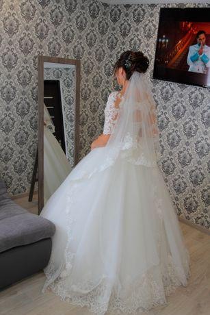 Продам свадебное платье коллекция 2019 года