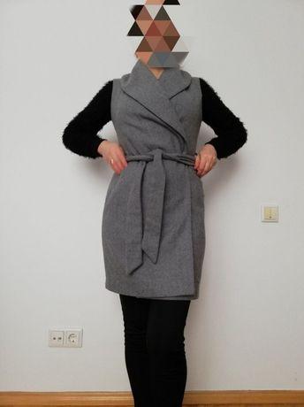 Пальто плащ безрукавка весняна бренд Amisu