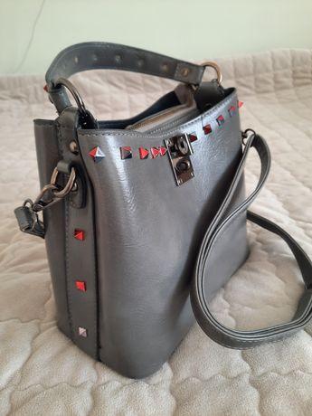 Сіра жіноча сумка