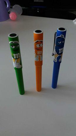 3 canetas da M&N