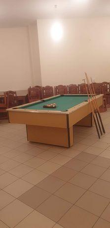 Stół bilardowy / drewniany