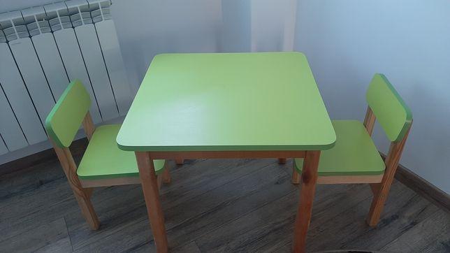 Дитячий набір стіл дерев'яний та два стільчика