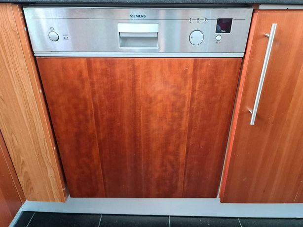 Maquina lavar loiça Siemens SE55E55