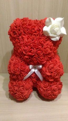 Мишка и розы из фоамирана