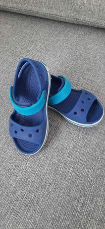 Sandałki crocs C8