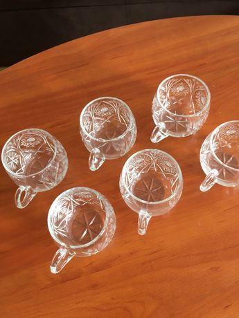 Kryształowe szklaneczki