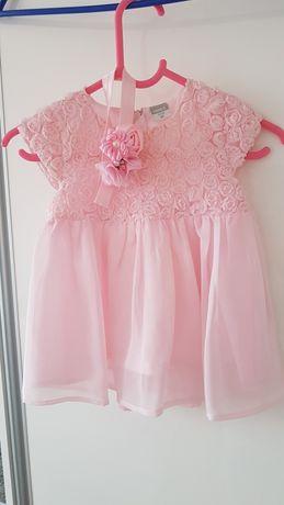 Elegancka sukienka  r. 68