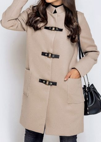 Новое пальто прямого кроя цвета кофе с молоком, размер 42-46