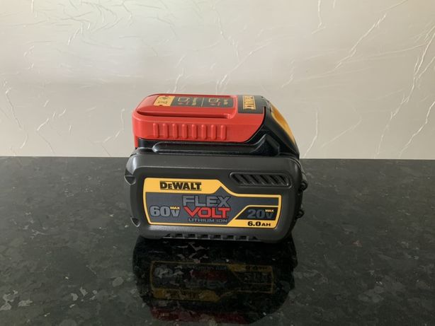 Аккумулятор DeWalt DCB606 USA