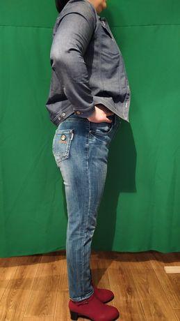 Женские джинсы,брюки
