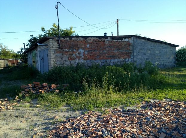 Продам участок земли под застройку гаража