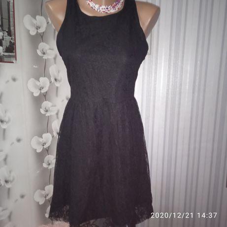 Очень красивое нарядное платье