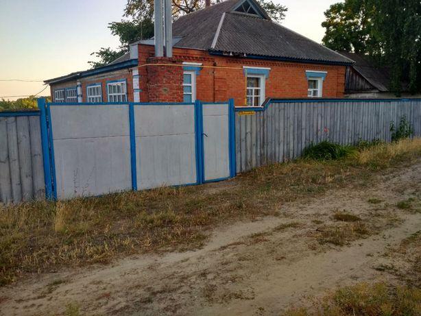 Продам дом в селе Коровинцы