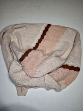 Теплий широкий шарф