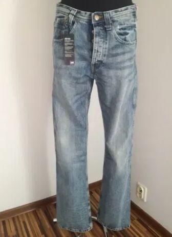 Spodnie dżinsowe wycieruchy męskie kowbojskie M 48 50 Lee nowe