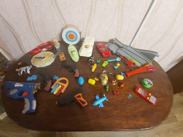 Отдам игрушки за сладости