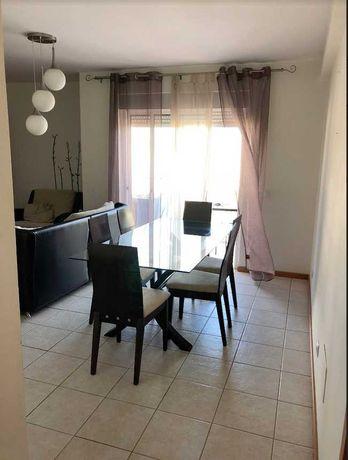 Alugo Apartamento em Portimão Anual
