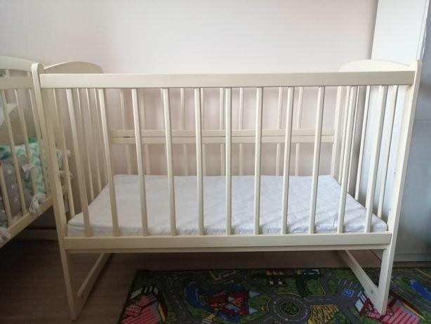 Ліжко дитяче з маятником