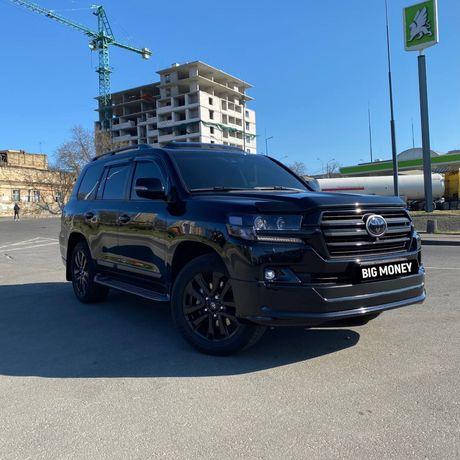 Аренда авто с водителем в Одессе / Прокат авто / Toyota LC200