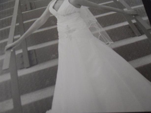 Vestido de Noiva, Saiote e Véu
