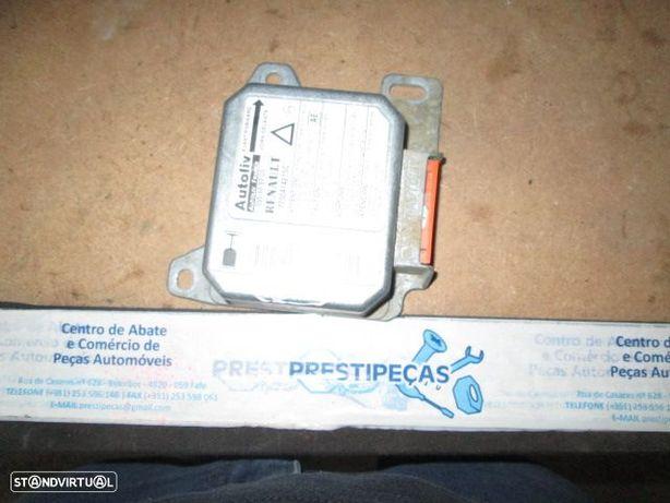 Modulo airbag 7700414215C RENAULT / LAGUNA / 1996 /