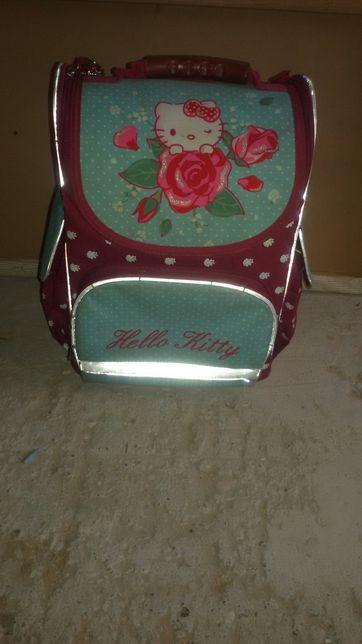 """Шкільний рюкзак """" hello kitti"""""""