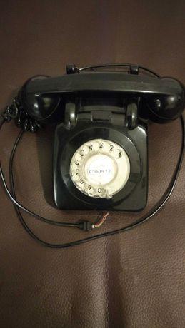 Telefone antigo dos TLP, de disco, em excelente estado e a funcionar.