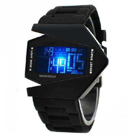 Zegarek Samolot - wspaniała okazja na prezent