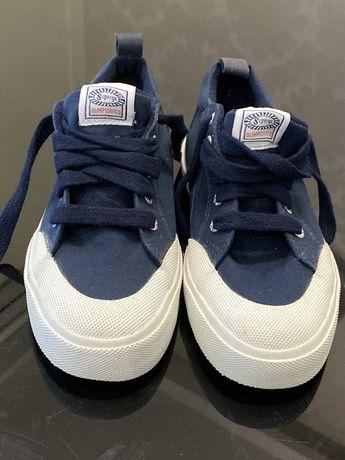 Стильные кеды новые, синие с белым носком, 36 размер