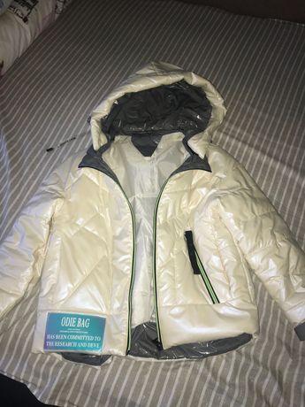 Осіння куртка жіноча