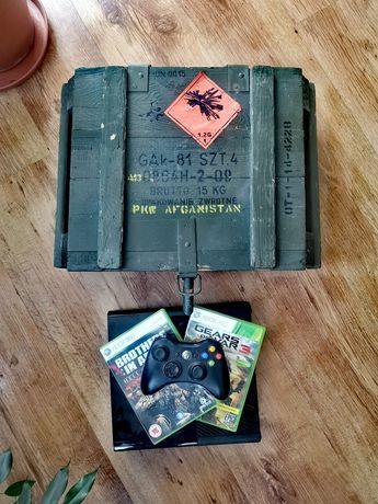 Xbox 360 plus militarna skrzynia