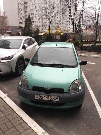 Продам автомобиль Toyota Yaris