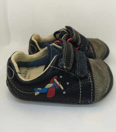 Кожаные ботинки (кроссовки) clarks в отличном состоянии! Оригинал!