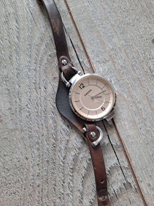 Zegarek  damski  fossil Skoczów - image 1