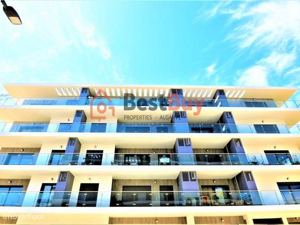 Excelente apartamento novo de 2 quartos a 300 metros da p...