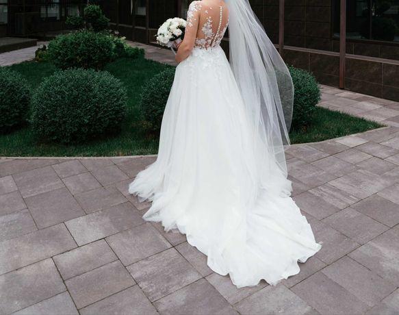 Весільна сукня від DariaKarlozi