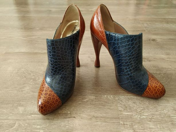 Туфли женские  Armani