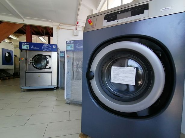 Self-service alugo equipamento para lavandaria