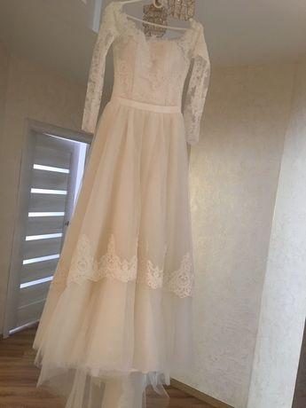Продам весільну сукню CUTE TIFFANY