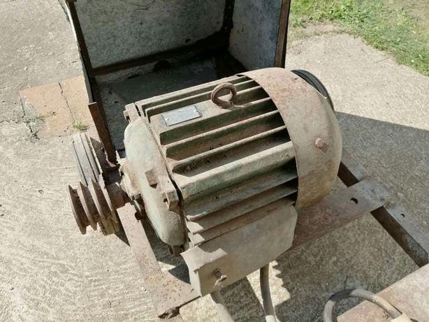 Silnik 7,5 kw 2800obr srutownik krajzega