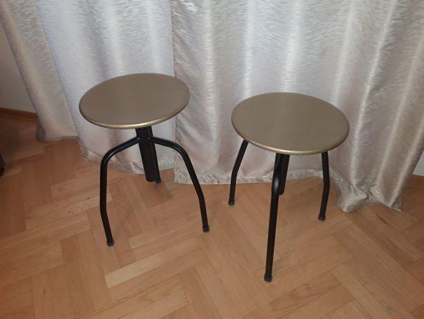 Dekoracyjny taboret obrotowy lekarski PRL metalowy loft stołek krzesło