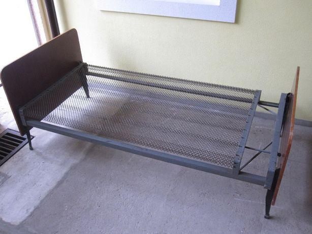 Кровать. кровать железная