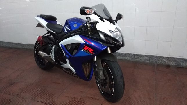 Suzuki Gsxr 750, 2007 com 24mil Financiamento