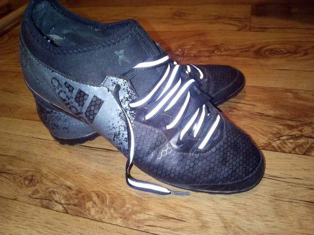 Buty adidas 42