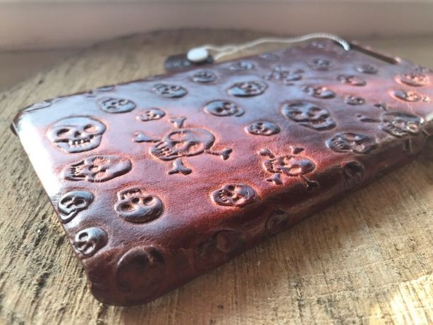 SKÓRZANY Case HANDMADE iPhone 7 i 8 Plus + folia SKULLS Plein