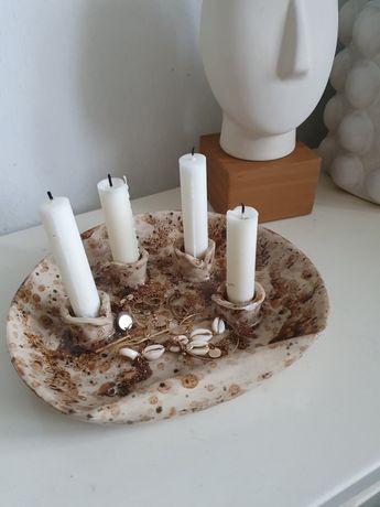Gliniany ceramiczny szkliwiony świecznik handmade w stylu Boho Vintage