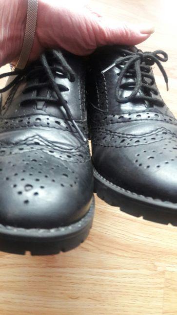 Tamaris,туфлі -оксфорди на хлопчика,38 розмір