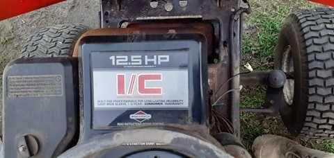 Silnik spalinowy Briggs&Stratton 12KM I/C Idealny